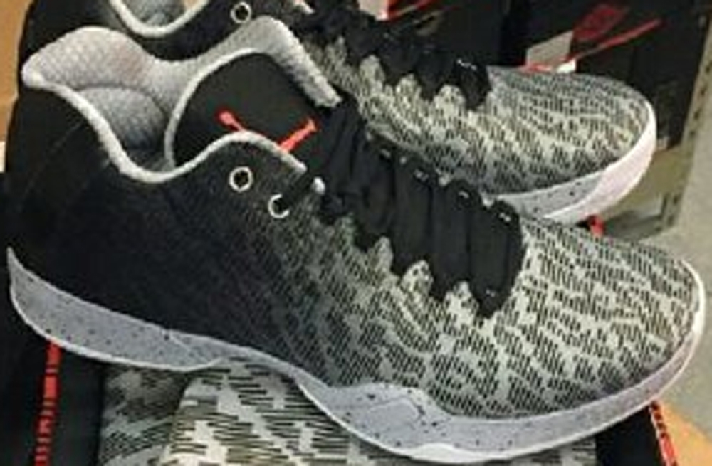 Air Jordan XX9 Low Black/Infrared 23-Wolf Grey-White