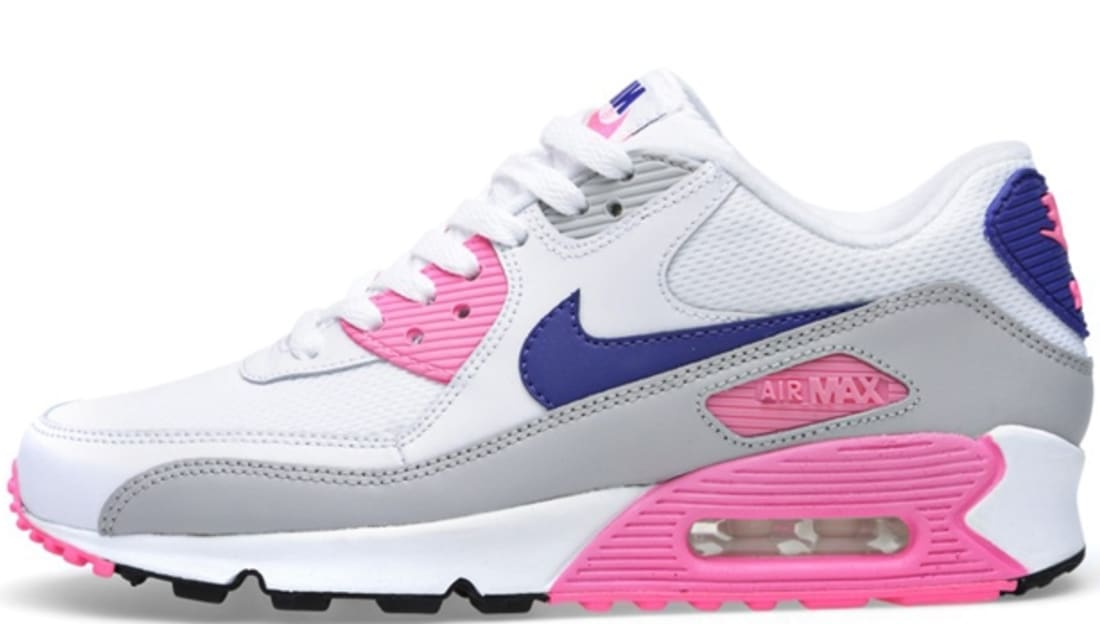 08e65dbbdd8 ... Nike Air Max 90 Essential Womens WhiteConcord-Zen Grey-Pink Glow Nike  Sole Collector ...