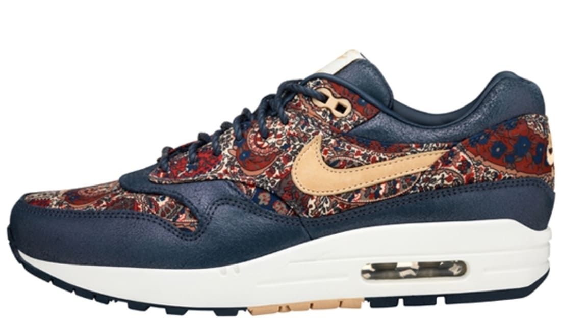 nike air max liberty qs navy