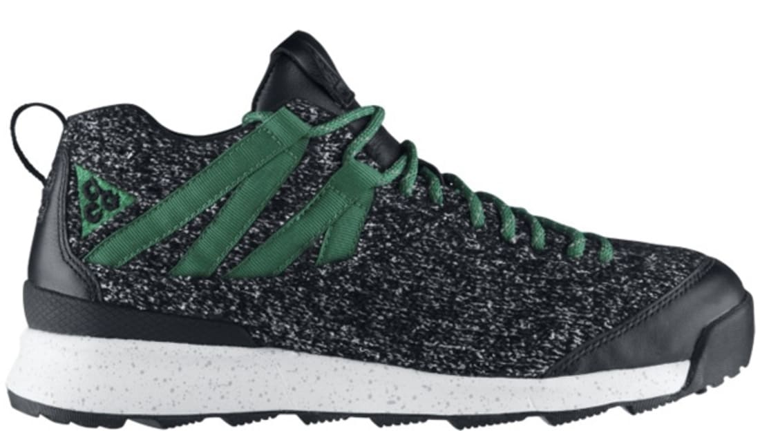 3ff7616b42d9 Nike Okwahn II NRG BlackBlack-Pine Green Nike Sole Collect ...