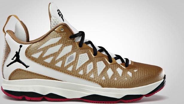 Jordan CP3.VI Metallic Gold/Black-Slate-Sport Fuschia