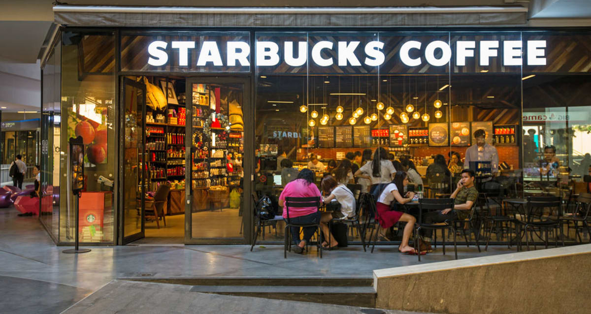 Starbucks to open first italy location next year in hopes for Starbucks italie