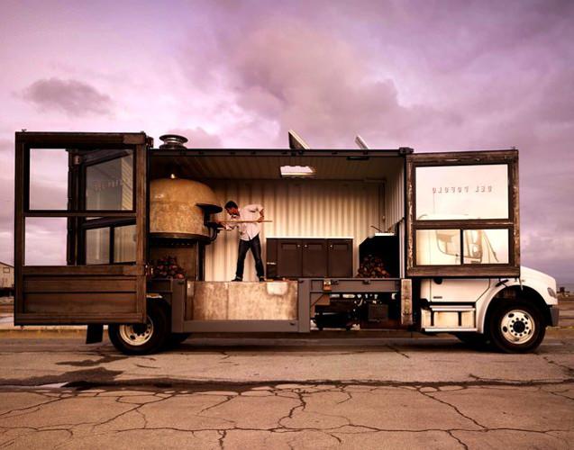 Delpopolo Pizza Truck Find It On The Fancy
