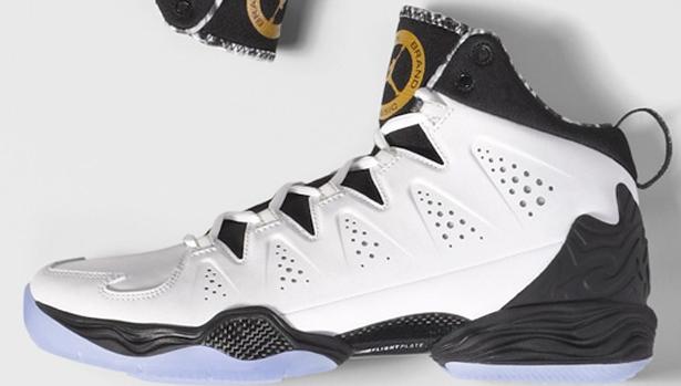 Jordan Melo M10 White/Metallic Gold-Black