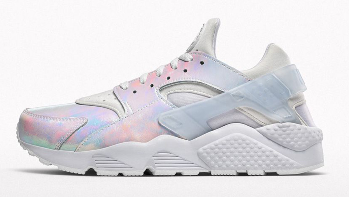 Iridescent Nike Air Huarache | Sole Collector