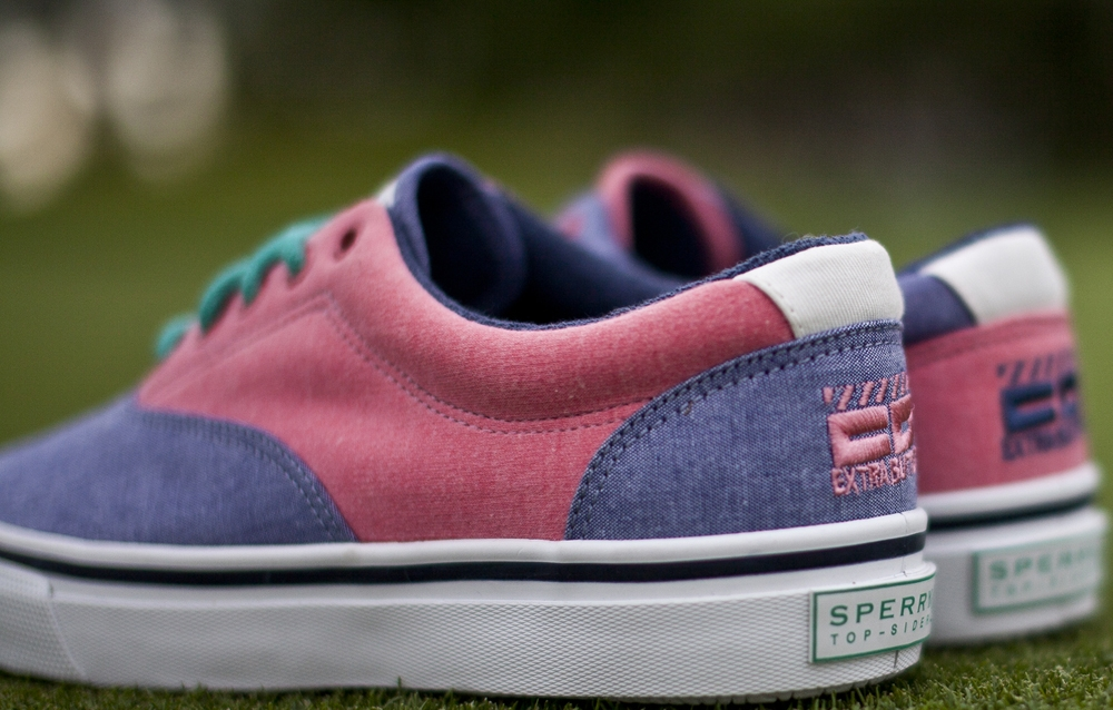 Sperry Striper CVO Pomegranate/Light Indigo Chambray