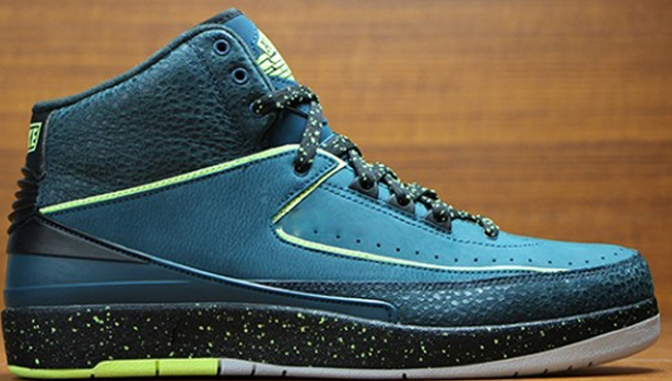 Air Jordan 2 Retro Nightshade/Volt Ice-Black-Pure Platinum