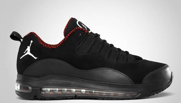 Jordan CMFT 10 Black/White-Varsity Red