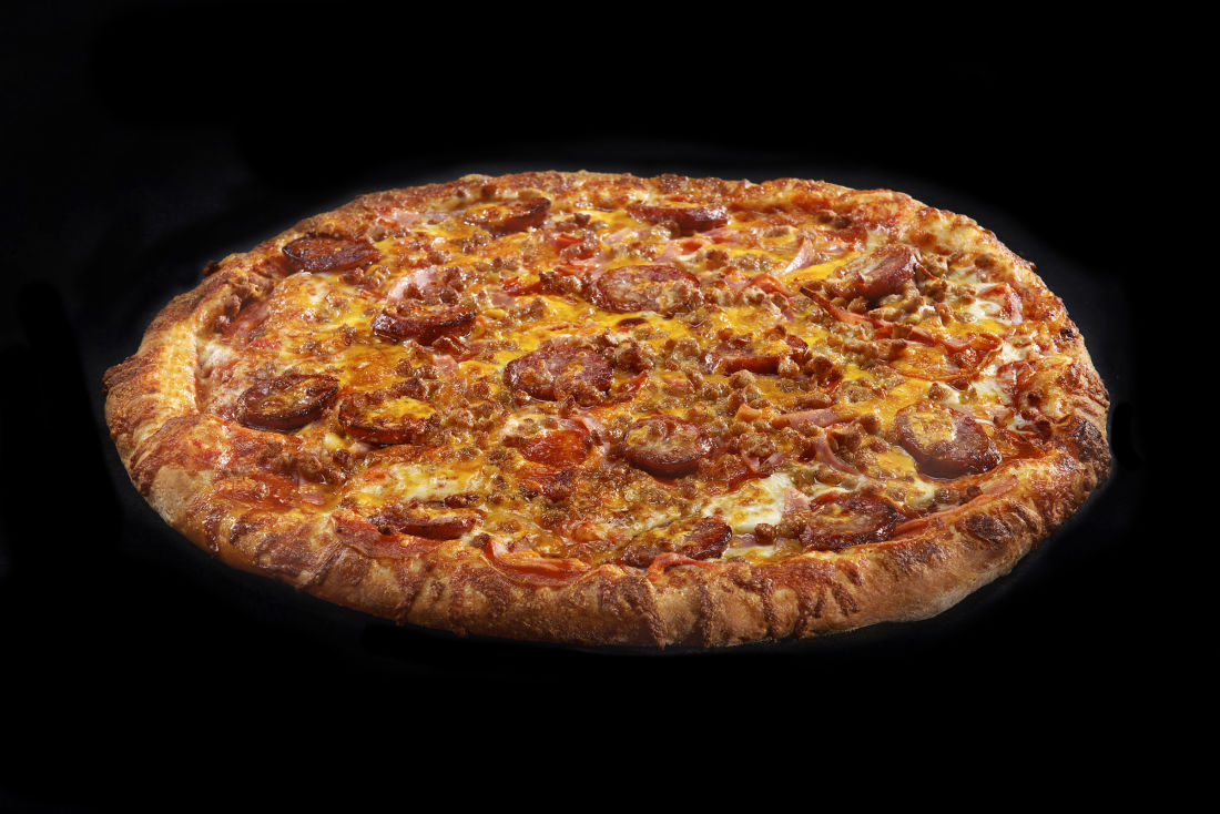 the best pizza from each of the states first we feast oklahoma hideaway pizza