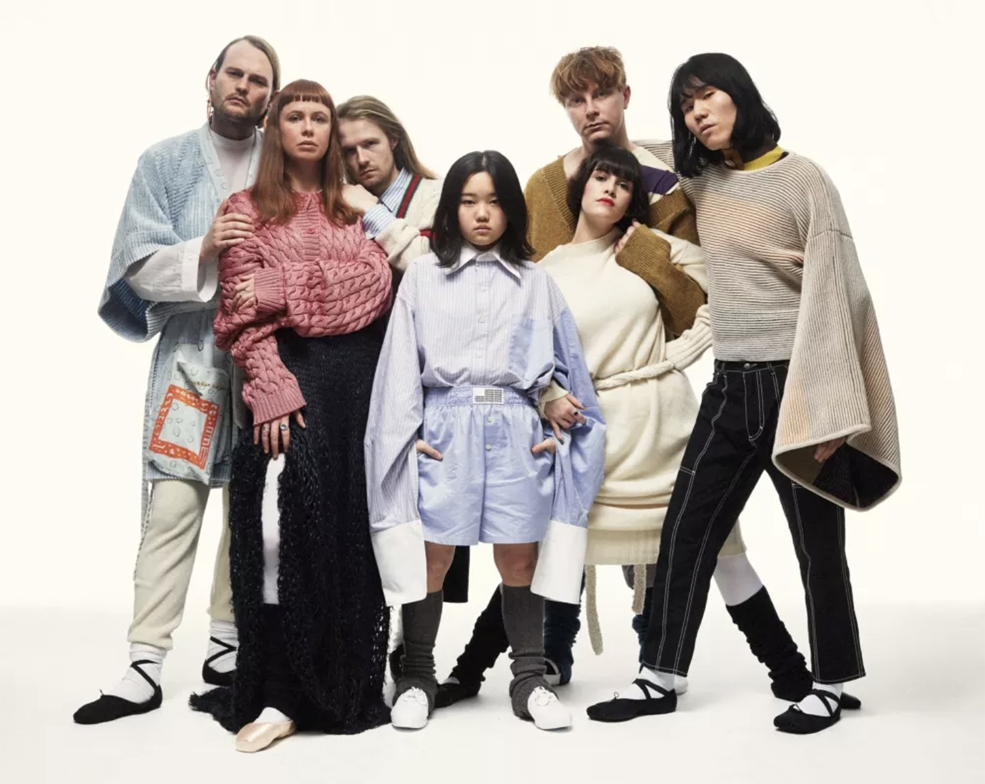 Do It Yourself, Together: The Internet-Born Reality of Superorganism
